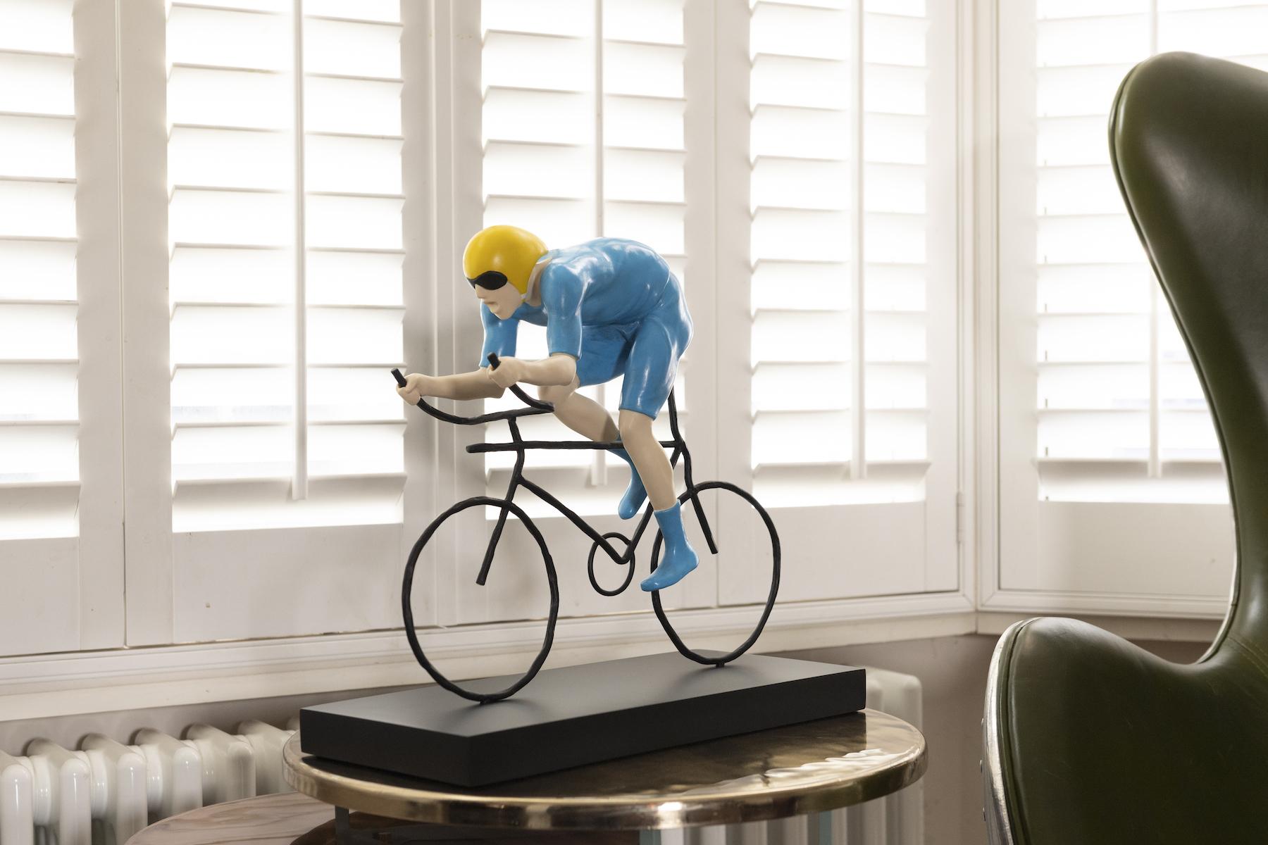 Mackenzie Thorpe The Fastest sculpture